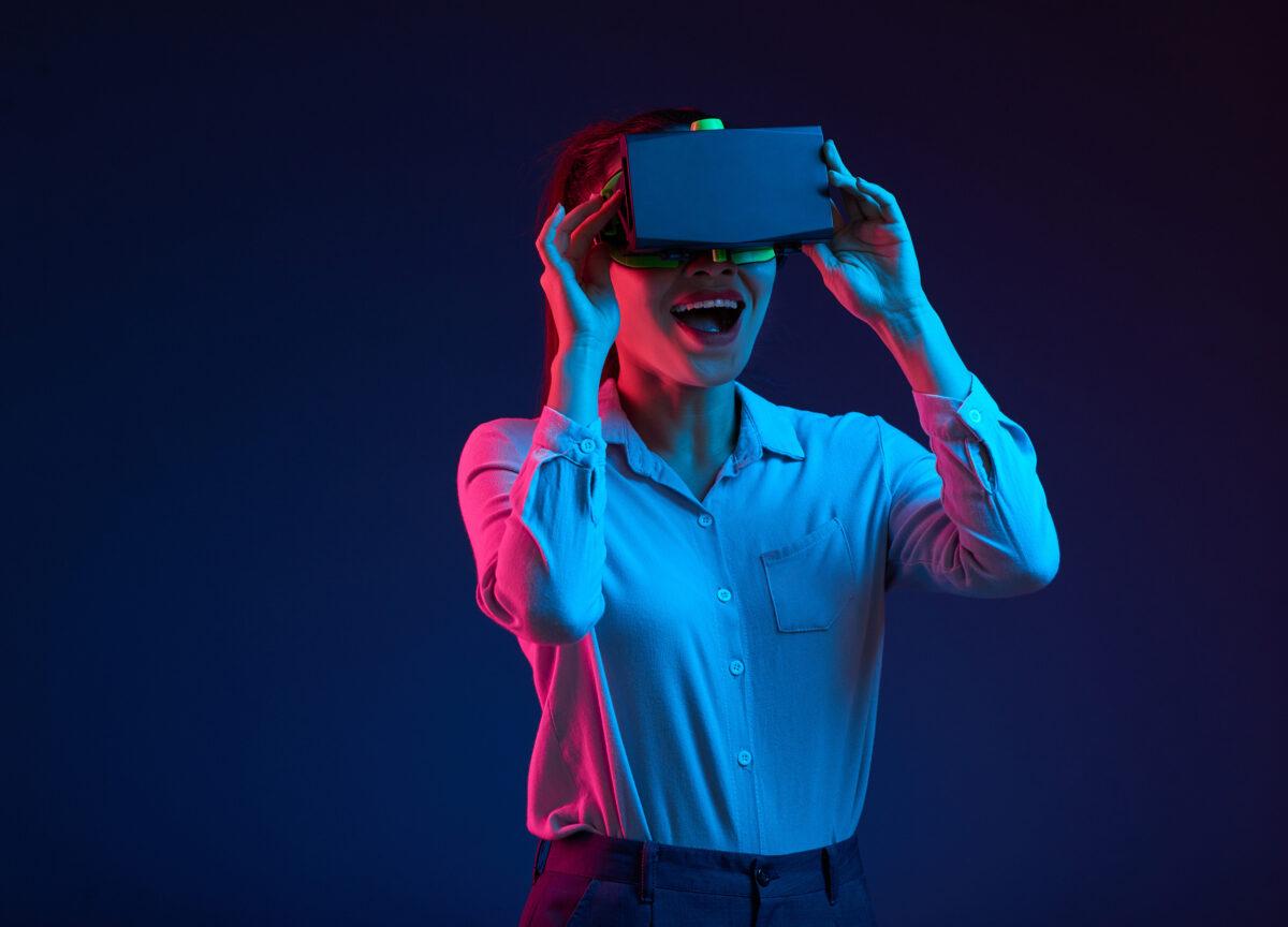Virtual Reality Website Size
